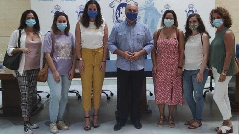 EL AYUNTAMIENTO DE ALGECIRAS DESARROLLA TALLERES DE VERANO EN ZONAS DESFAVORECIDAS DEL MUNICIPIO