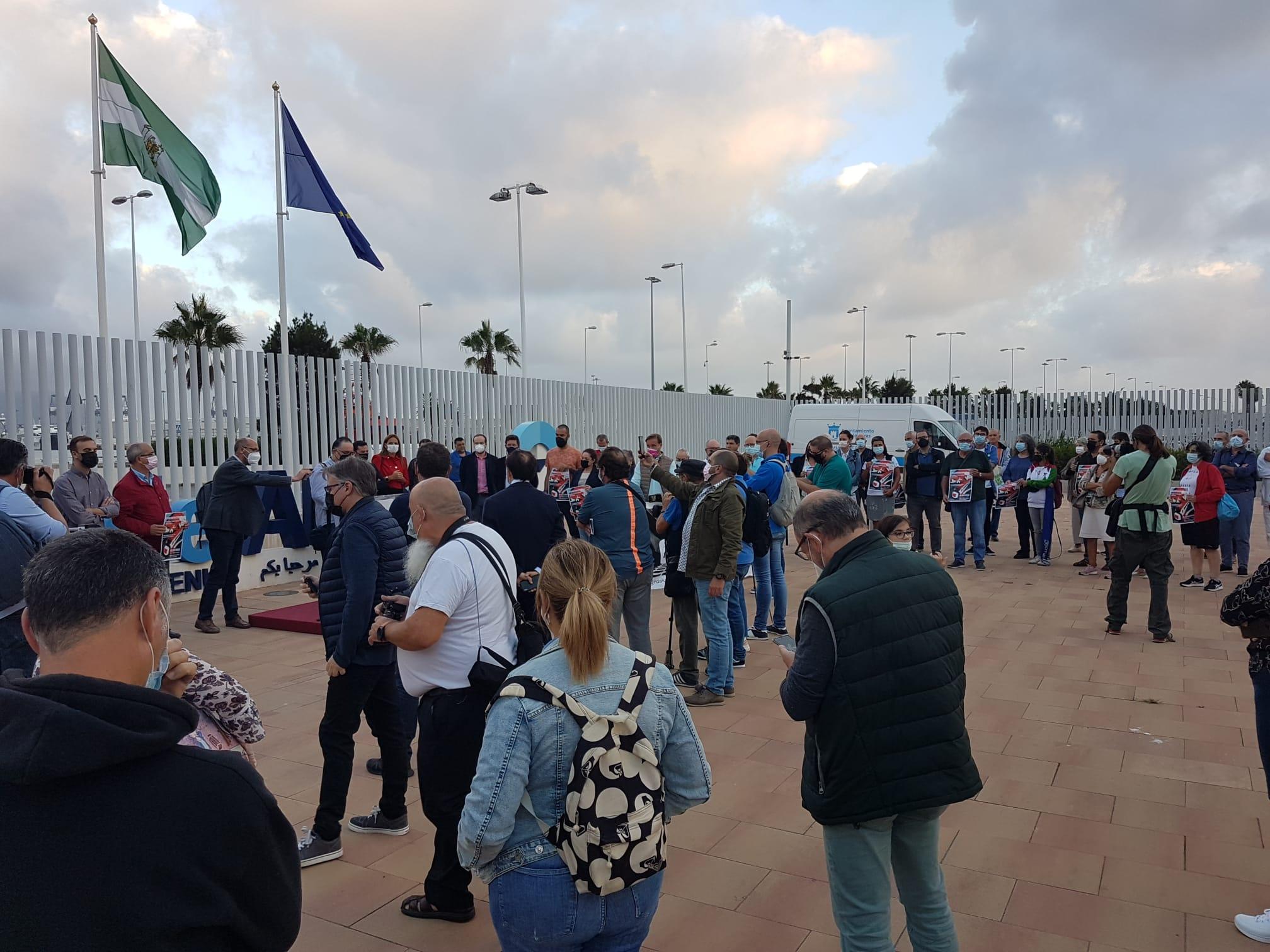 LA PLATAFORMA POR EL FERROCARRIL SE CONCENTRA EN DEFENSA DE LA ALGECIRAS-BOBADILLA-MADRID